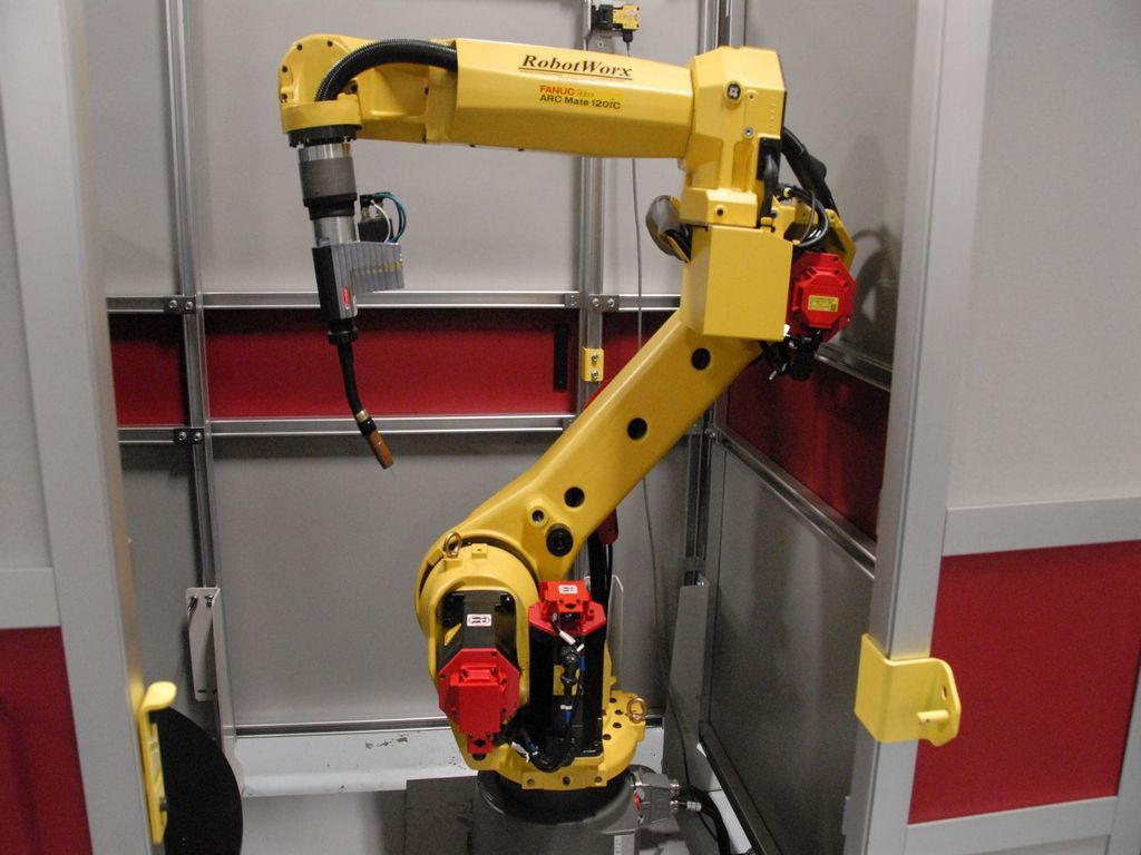 роботы для дуговой сварки Fanuc